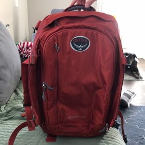 Osprey Backpack/Travelsize bag